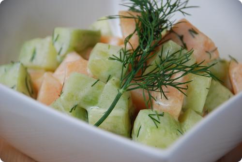 gurken melonen salat chuchitisch. Black Bedroom Furniture Sets. Home Design Ideas