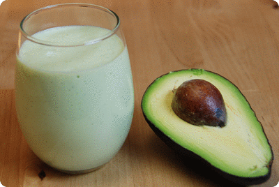 "<a href=""/recipes/725""><img alt=""Titelsschrift"" src=""/system/rectitles/CAPS_Avocadosmoothie.png?1455774903"" /></a>"